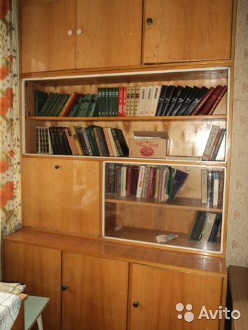 Книжный шкаф купить в волгоградской области на avito - объяв.