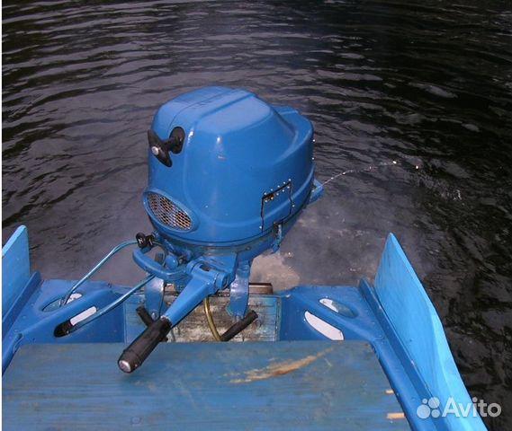 лодочный мотор стреляет в карбюратор