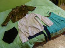 Куртка-ветровка для беременной будущей мамы