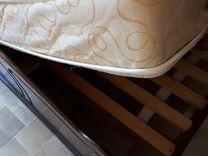 Продается двухспальная кровать с матрасом
