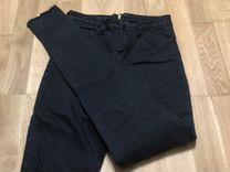 Очень популярные джинсы с молнией сзади