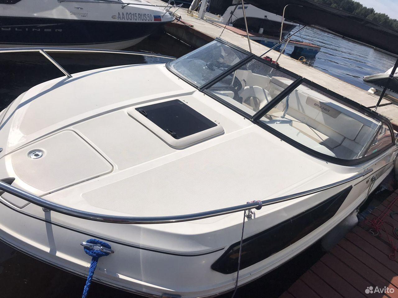 Катер Bayliner VR5 Cuddy
